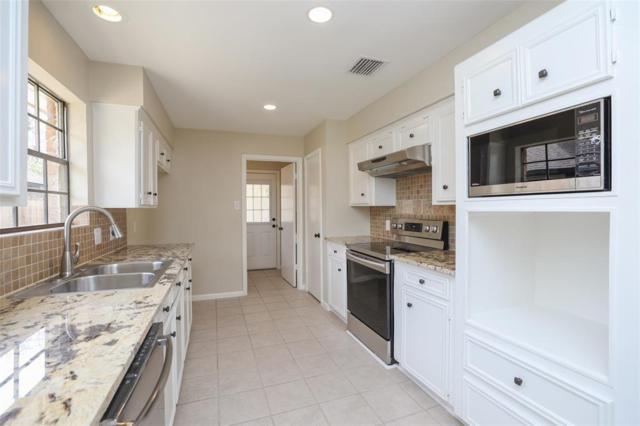 1903 Glenn Lakes Lane, Missouri City, TX 77459 (MLS #56287814) :: Texas Home Shop Realty