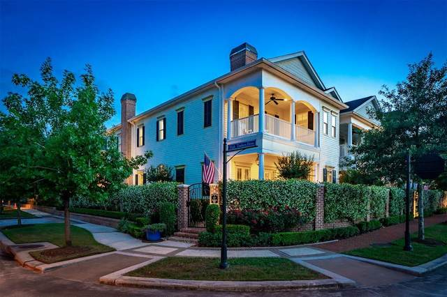 37 North Bay Boulevard, The Woodlands, TX 77380 (MLS #56289185) :: The Bly Team