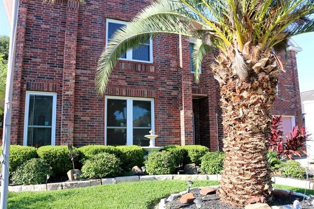 4507 Fox Run Street, Pearland, TX 77584 (MLS #56333242) :: The SOLD by George Team