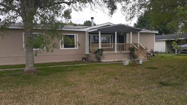 10126 S Country Drive, Alvin, TX 77511 (MLS #56355622) :: Phyllis Foster Real Estate