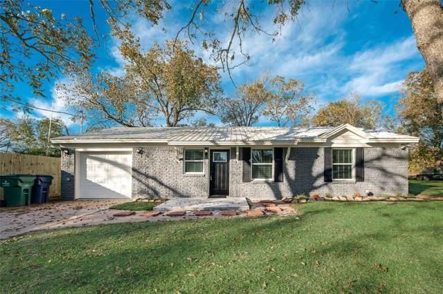1016 W Lobitt Street, Alvin, TX 77511 (MLS #5640588) :: The Sold By Valdez Team