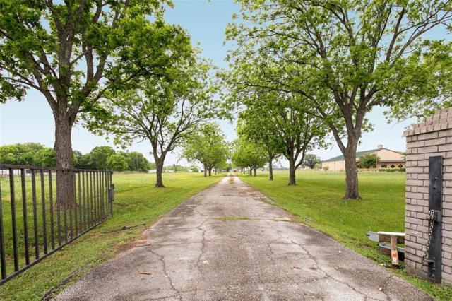 5331 Fm 762 Road, Richmond, TX 77469 (MLS #56418528) :: Texas Home Shop Realty