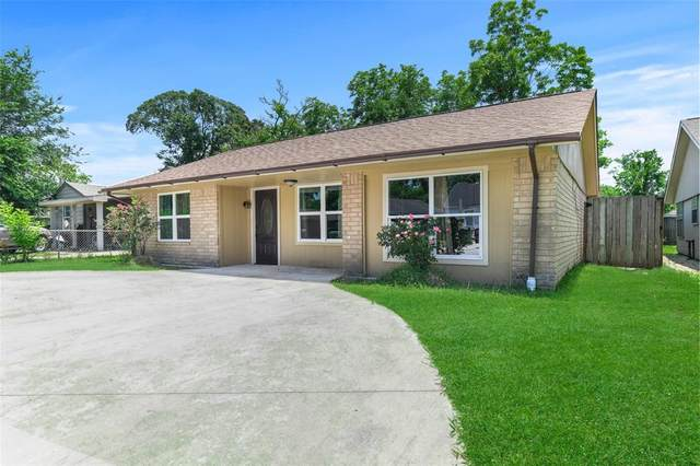 2714 Cornell Street, Liberty, TX 77575 (MLS #56438301) :: The SOLD by George Team