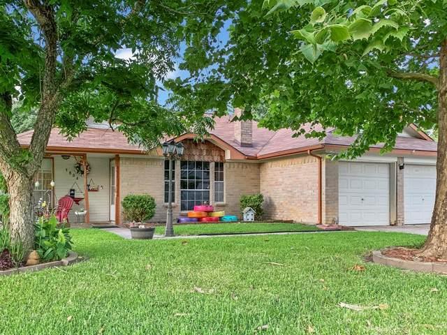 3804 Briar Hollow Drive, Dickinson, TX 77539 (#56453192) :: ORO Realty