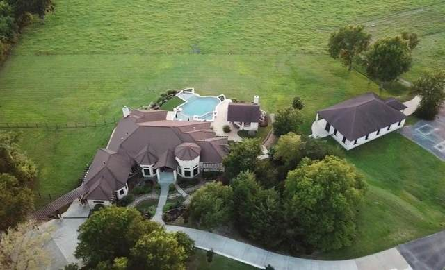 2289 Old Dobbin Road, Montgomery, TX 77316 (MLS #56461446) :: My BCS Home Real Estate Group