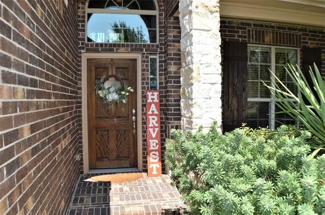 6 Handbridge Place, Tomball, TX 77375 (MLS #56494207) :: Caskey Realty