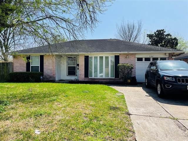 11307 Bexley Drive, Houston, TX 77099 (MLS #56546478) :: Michele Harmon Team
