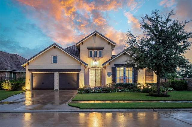 2 Edgemont Court, Fulshear, TX 77441 (MLS #56557692) :: Texas Home Shop Realty