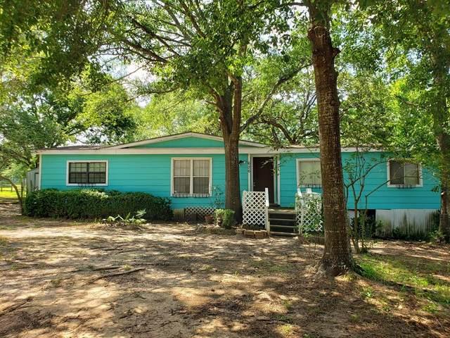 626 Pond Circle, Pinehurst, TX 77362 (MLS #56629297) :: Lerner Realty Solutions
