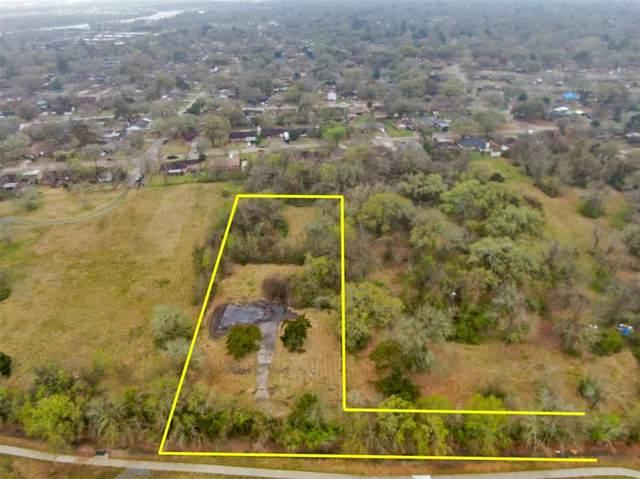 1404 Sheridan Drive, Baytown, TX 77520 (MLS #56630883) :: Ellison Real Estate Team