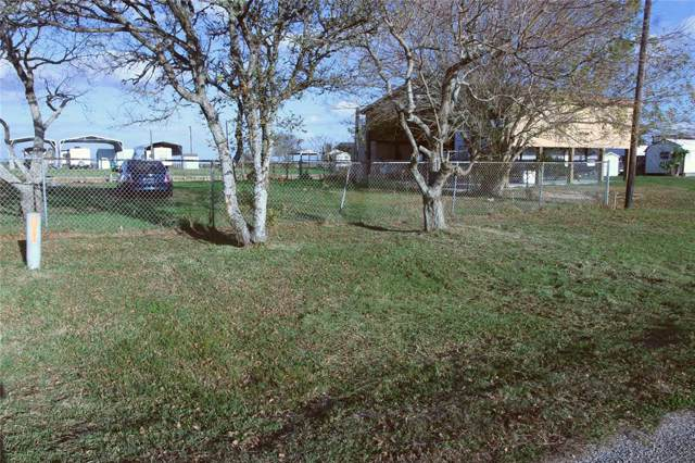 65 County Road 299 Heron, Sargent, TX 77414 (MLS #5667329) :: The SOLD by George Team