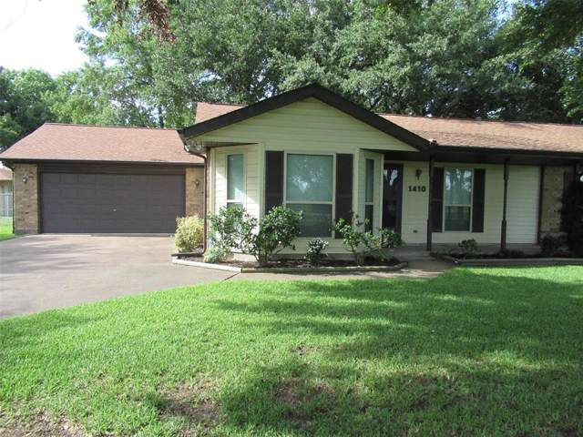 1410 E Houston Street, Highlands, TX 77562 (MLS #56759058) :: The Heyl Group at Keller Williams