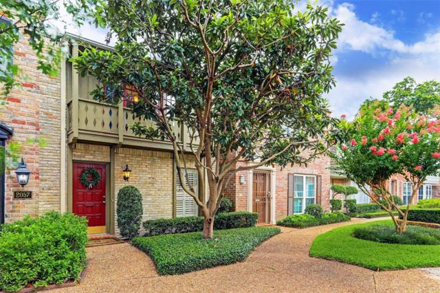 2059 Winrock Boulevard #52, Houston, TX 77057 (MLS #56828265) :: The Queen Team