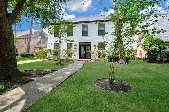 17707 Shadow Valley Drive, Spring, TX 77379 (MLS #56843407) :: Caskey Realty