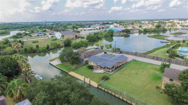 87 Bayou Lane, Kemah, TX 77565 (MLS #5693217) :: The SOLD by George Team