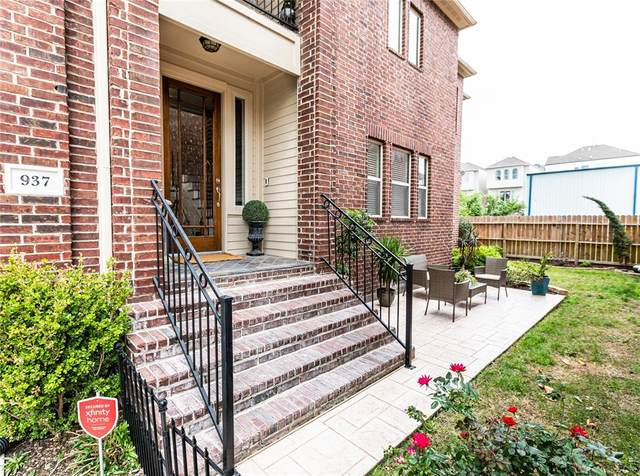 937 W 17th Street, Houston, TX 77008 (MLS #5694770) :: The SOLD by George Team