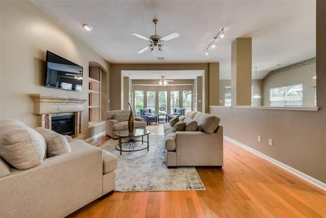9314 Oratorio Court, Houston, TX 77040 (MLS #56961777) :: The Bly Team