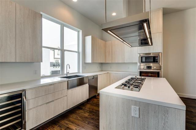 5853 E Post Oak Lane, Houston, TX 77055 (MLS #56965908) :: Green Residential
