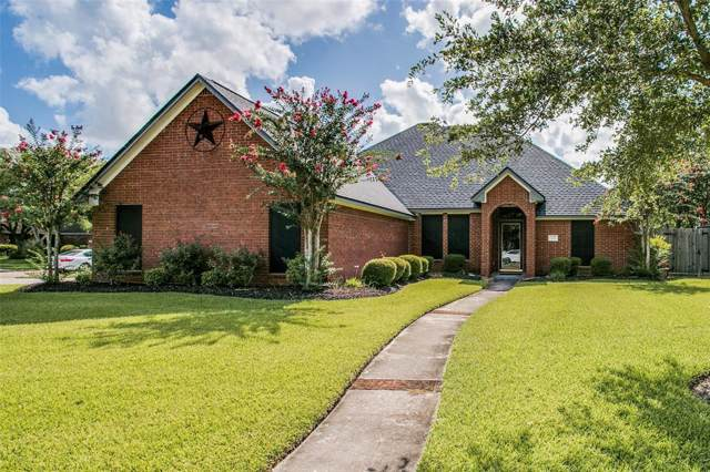 208 Indian Warrior Trail, Lake Jackson, TX 77566 (MLS #56976187) :: The SOLD by George Team
