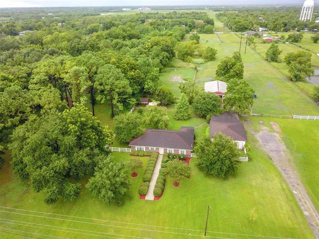 714 Newman Road, La Marque, TX 77568 (MLS #57027643) :: My BCS Home Real Estate Group