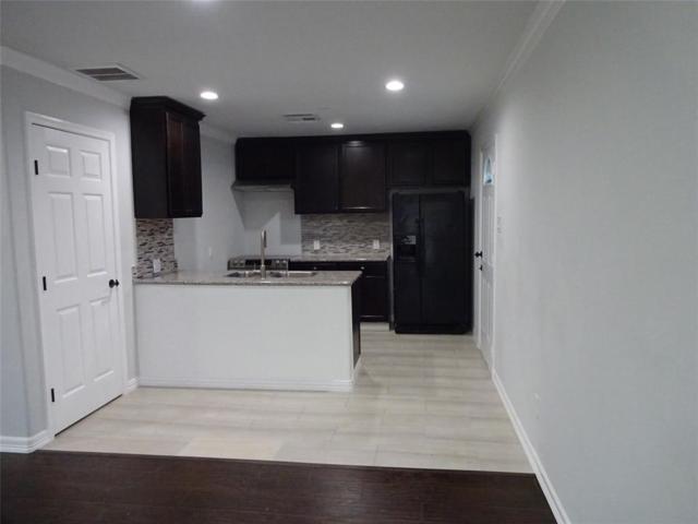 5122 Carmen Street, Houston, TX 77033 (MLS #5707294) :: Magnolia Realty