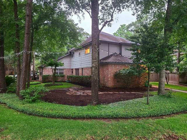7 Tangle Brush Drive, The Woodlands, TX 77381 (MLS #57104102) :: The Home Branch