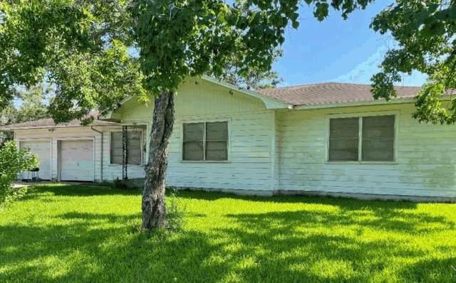 904 N Wharton Street, El Campo, TX 77437 (#57157493) :: ORO Realty