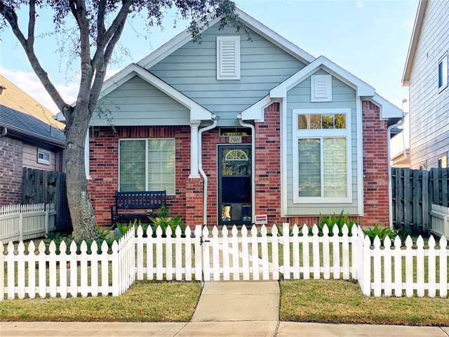 7011 Rancho Mission Drive, Houston, TX 77083 (MLS #57195120) :: The SOLD by George Team