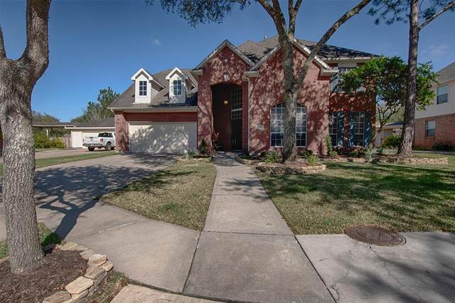 3102 Autumn Leaf Drive, Friendswood, TX 77546 (MLS #57272820) :: CORE Realty