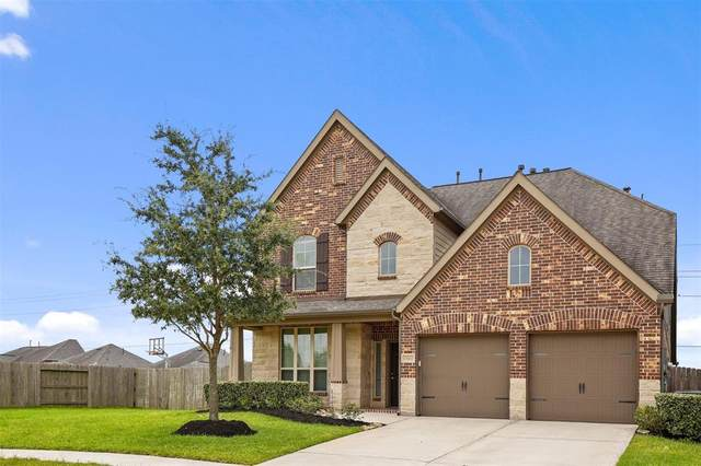 13602 Baybreeze Valley Lane, Pearland, TX 77584 (MLS #57322214) :: The SOLD by George Team