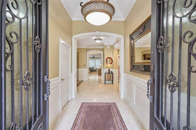 18 Jester Oaks Place, The Woodlands, TX 77381 (MLS #57395848) :: The Bly Team