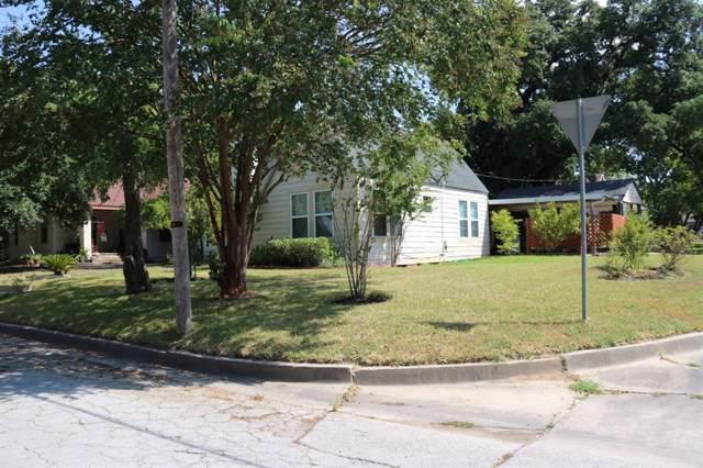 304 Victoria Street, Navasota, TX 77868 (MLS #5742432) :: Texas Home Shop Realty