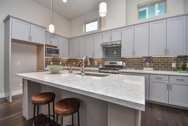 2424 Maufferd Avenue, Houston, TX 77009 (MLS #57606969) :: Texas Home Shop Realty