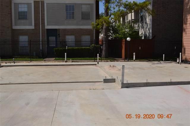 11623 Waldemar Drive, Houston, TX 77077 (MLS #57640453) :: Connect Realty