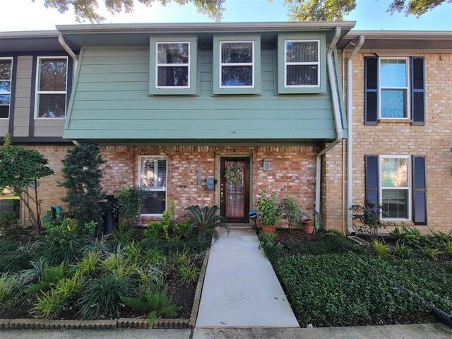14157 Lost Meadow Lane, Houston, TX 77079 (MLS #57913447) :: The Bly Team