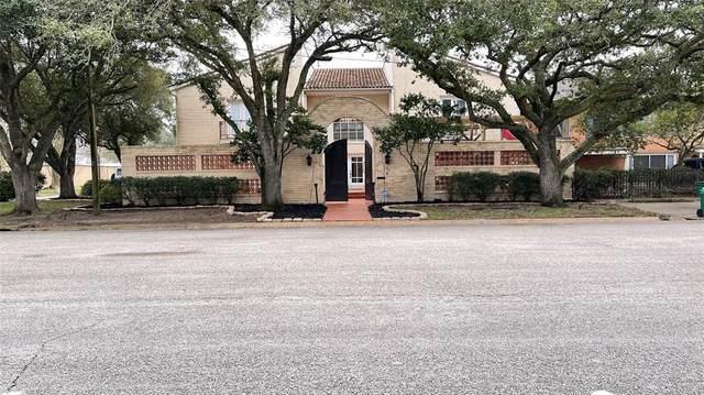 316 E Calhoun Street, El Campo, TX 77437 (MLS #58045086) :: Michele Harmon Team