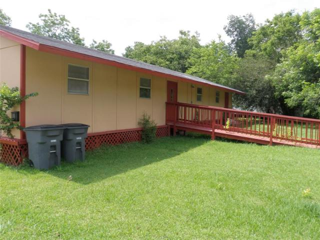2516 Avenue K, Bay City, TX 77414 (MLS #58168363) :: Texas Home Shop Realty