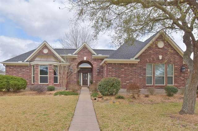 1103 Bob White Drive, Friendswood, TX 77546 (MLS #58168457) :: Ellison Real Estate Team