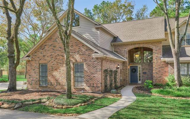 27 Fairway Oaks Place, The Woodlands, TX 77380 (MLS #58253547) :: Lerner Realty Solutions