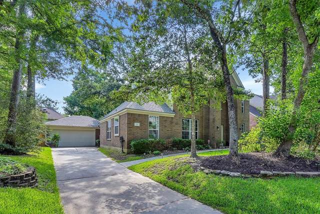 30 Firethorn Place, The Woodlands, TX 77382 (MLS #58293053) :: The Home Branch