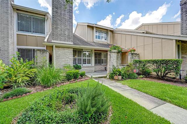 11611 Southlake Drive #35, Houston, TX 77077 (MLS #58414572) :: Michele Harmon Team