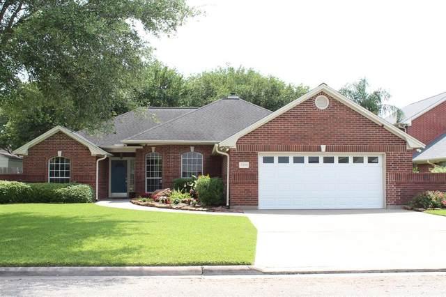 1309 Donna Drive Drive, El Campo, TX 77437 (MLS #58455342) :: Ellison Real Estate Team