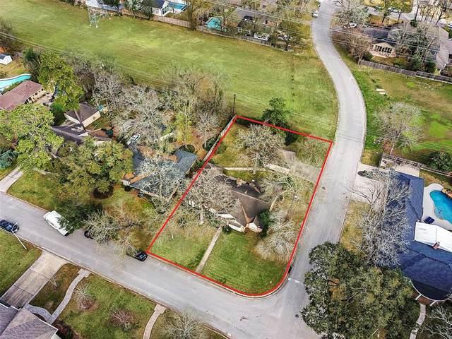 902 Wycliffe Drive, Houston, TX 77079 (MLS #58570858) :: The Property Guys