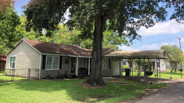 226 2nd Street, Brazoria, TX 77422 (MLS #58591985) :: The Heyl Group at Keller Williams