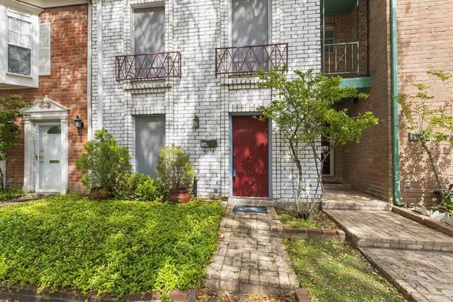 2048 Lakeside Drive, Seabrook, TX 77586 (MLS #58696762) :: Ellison Real Estate Team