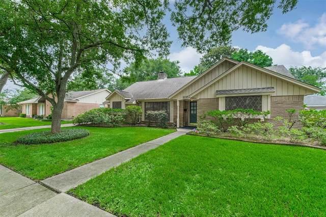 1115 Baymeadow Drive, Houston, TX 77062 (#58700860) :: ORO Realty