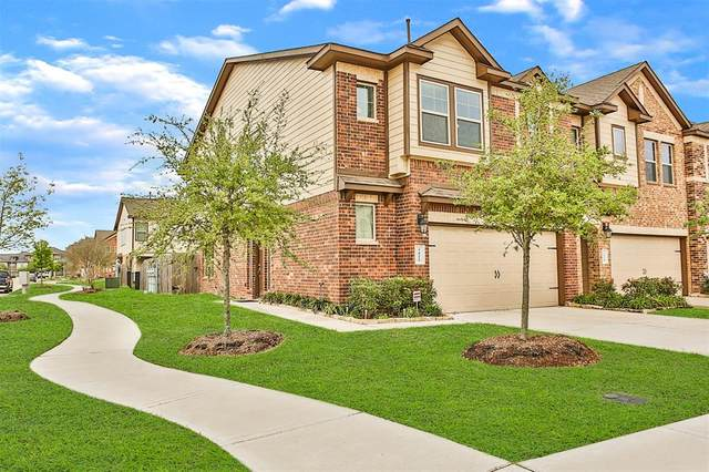 3422 Harvest Meadow Lane, Rosenberg, TX 77471 (MLS #58809811) :: Homemax Properties