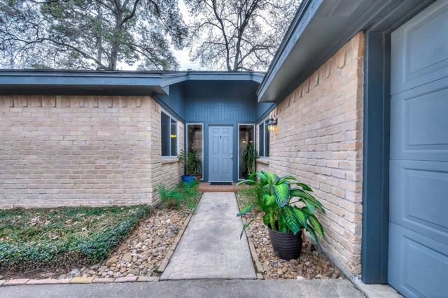 2402 Tree Lane, Kingwood, TX 77339 (MLS #58912763) :: Giorgi Real Estate Group