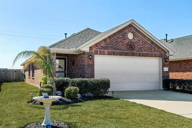 5114 Lagoon Court, Bacliff, TX 77518 (MLS #59009952) :: Michele Harmon Team