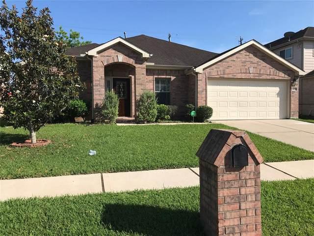 16819 Bending Creek Lane, Friendswood, TX 77546 (MLS #59014490) :: Texas Home Shop Realty